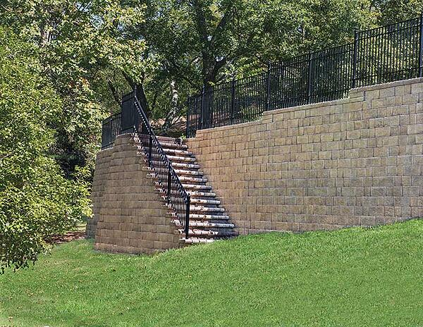 Retaining wall landscaping created with Everloc by Nicolock